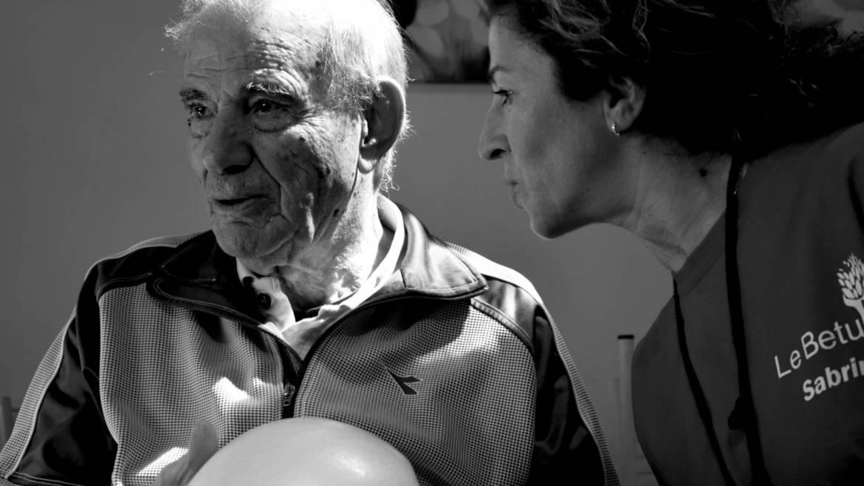"""Medihospes, al via il progetto rivoluzionario """"Lo yoga della risata"""" per i malati di Alzheimer"""