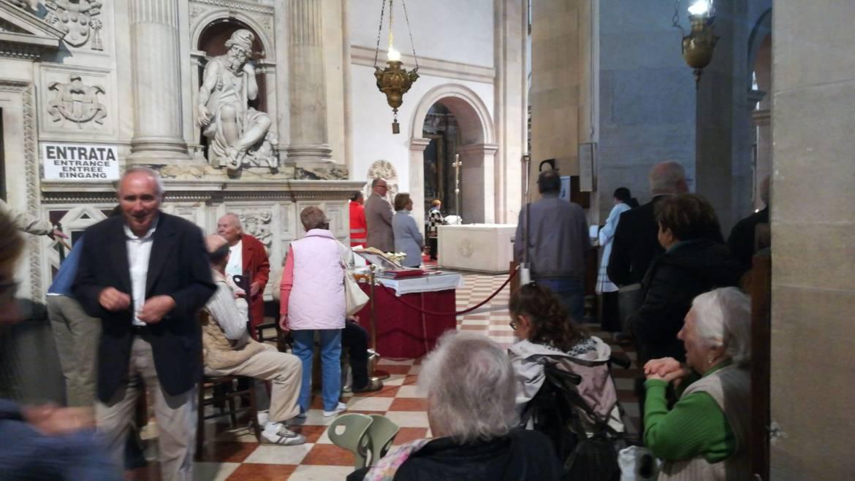Medihospes Onlus, in 27 visitano la santa Casa di Loreto