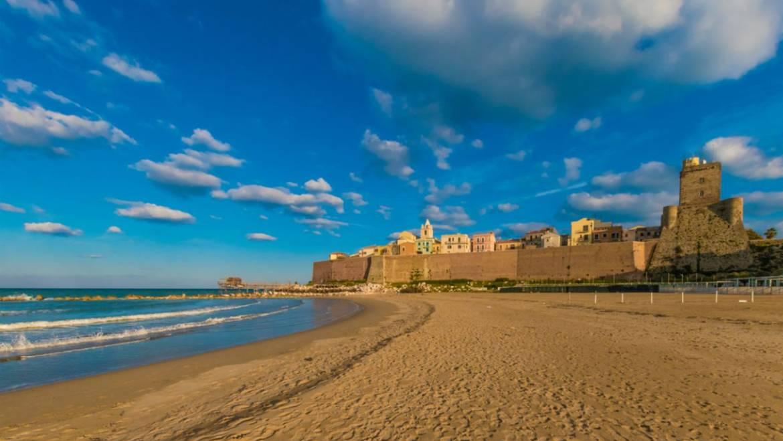 """Ambiente, Medihospes promuove il progetto """"Puliamo la spiaggia"""""""