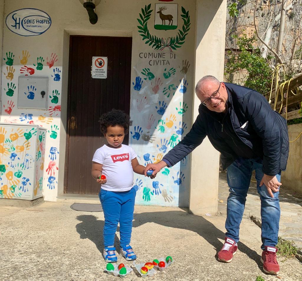 Medihospes, nei centri per migranti di Cerchiara e Civita si festeggia la Pasqua