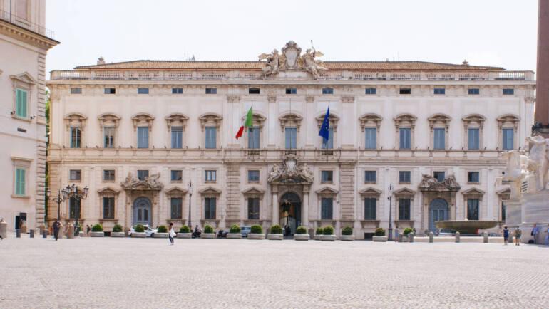 """Pensione d'invalidità, La Consulta: """"Aumentarla a 516 euro al mese"""""""